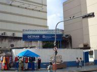 Estado do RJ realiza testagem rápida de Covid-19 para a população em geral em posto do Detran